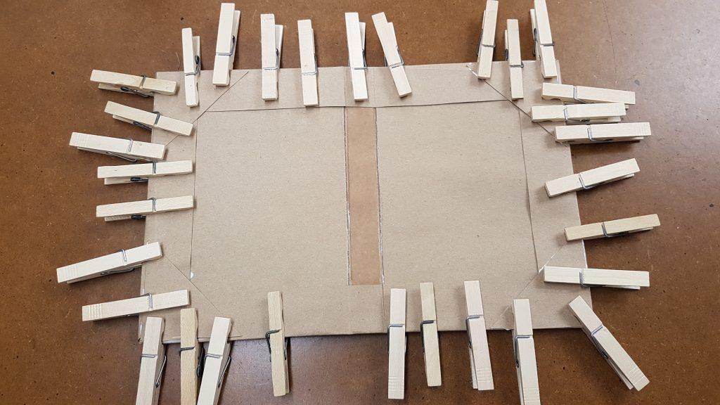 Encuadernación Cómo cubrir un cuerpo 056
